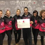 AACIC rep 1500 euros de les caminades solidàries de Cromatic Sport