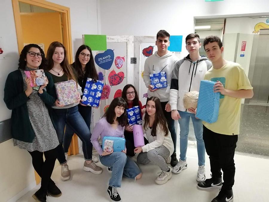 Repartiment Joguines Vall d'Hebron Dia Internacional Cardiopaties Congènites 2020
